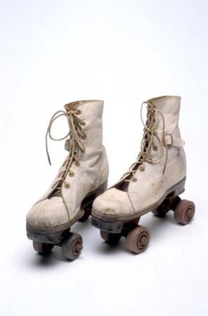 roller-skates00033359
