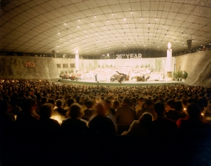 """""""Carols by Candlelight"""", 1966. [JO 4187] Laurie Richards Collection. Performing Arts Collection, Arts Centre Melbourne."""